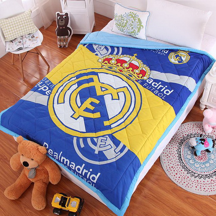 Летнее одеяло Реал Мадрид стеганое (2223)